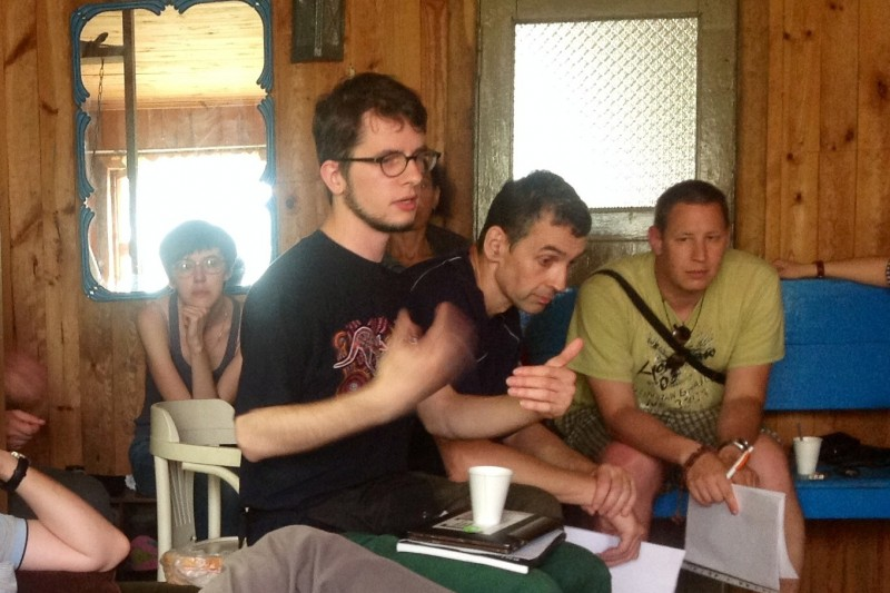 Во время встречи: выступает Тарас Соломонюк