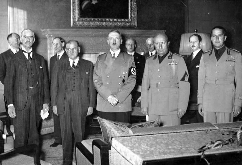 Bundesarchiv_Bild_183-R69173,_Münchener_Abkommen,_Staatschefs
